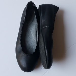 Abella black loafers  size 8.